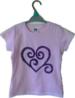 Gecko Fabric Art - Heart swirl applique t-shirt with lace trim