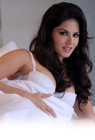 Bollywood Actress Sunny Leone's Dubai act cancelled