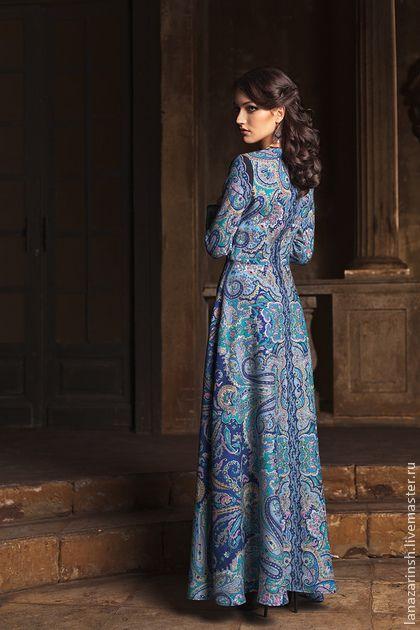 Платье ` Длинный День`. Платье ' Длинный день' Платье длинное из ПП платка ' Драгоценная' или ' Караван' платье на 38 размер и рост 165 . Платье в пол позволяют женщине выглядеть стройной, элегантной, полной загадок и тайн.