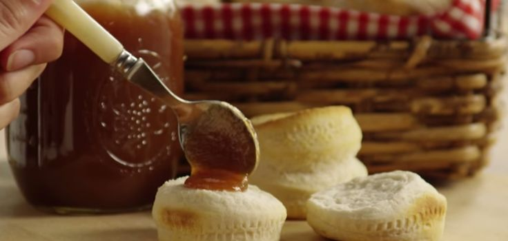apple   Make Long-Lasting Apple Butter in the Crock Pot