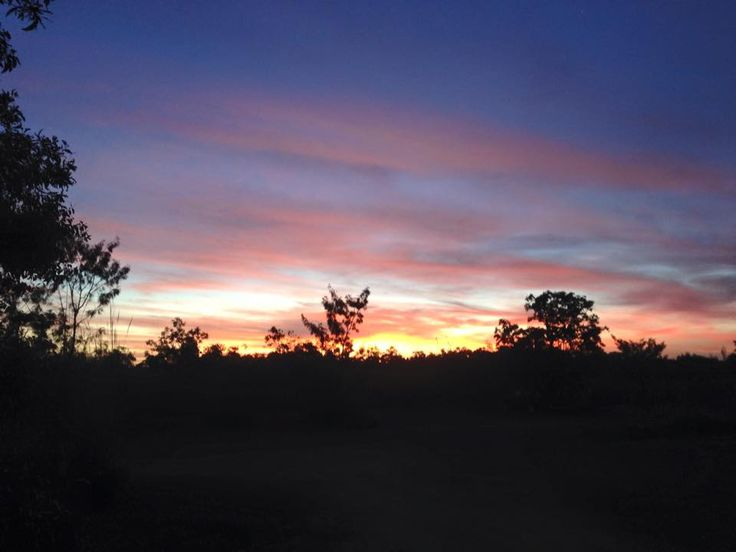 Take a look at this amazing guest picture by Karen Hocking. #sunset #guestpics #big4howardsprings