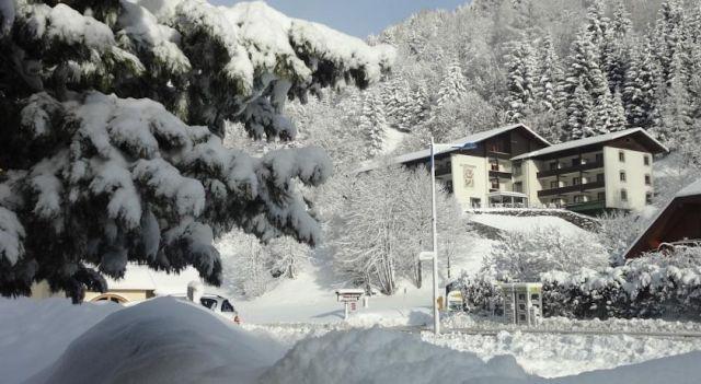 Hotel Garni Haus Sonnblick - 3 Star #Guesthouses - $55 - #Hotels #Austria #BadKleinkirchheim http://www.justigo.ca/hotels/austria/bad-kleinkirchheim/garni-pension-sonnblick_46619.html