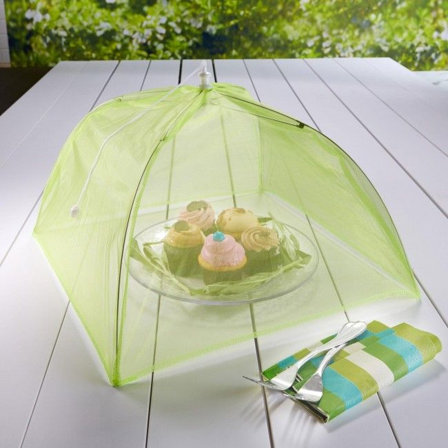 Keep outdoor pests off your food this summer with the Fox Run Collapsible Nylon Food Cover. Great for camping, picnics and outdoor barbecues!