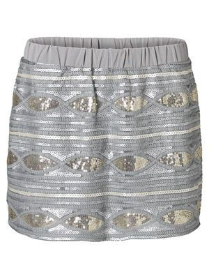 Zou m'n kerstlook helemaal afmaken  BACLAVA MINI SKIRT VERO MODA Holiday Countdown contest. Pin to win the style!