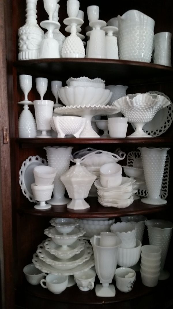 Antique Spotlight: Milk Glass - Dusty Old Thing