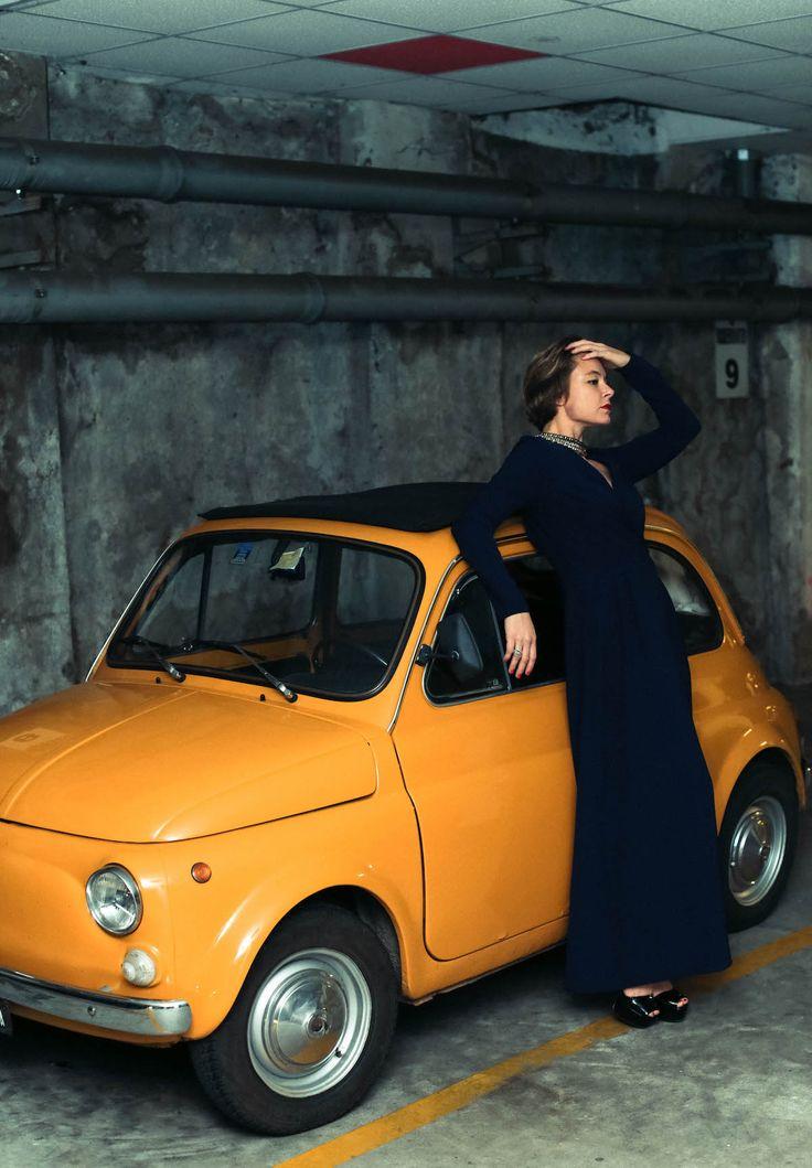 new years eve capodanno look Old car Fiat long dress Parosh elegant