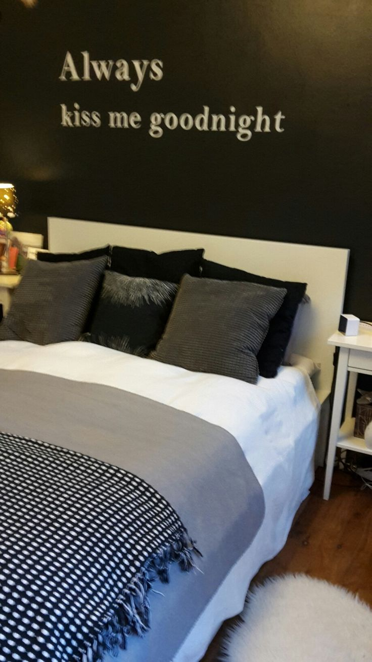 schlafzimmerideenwandgestaltung in schwarz wei - Niedliche Noble Schlafzimmerideen