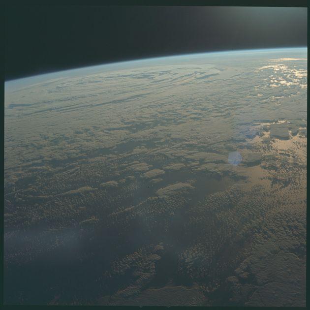 Снимок Земли, сделанный с борта аппарата «Аполлон-11»