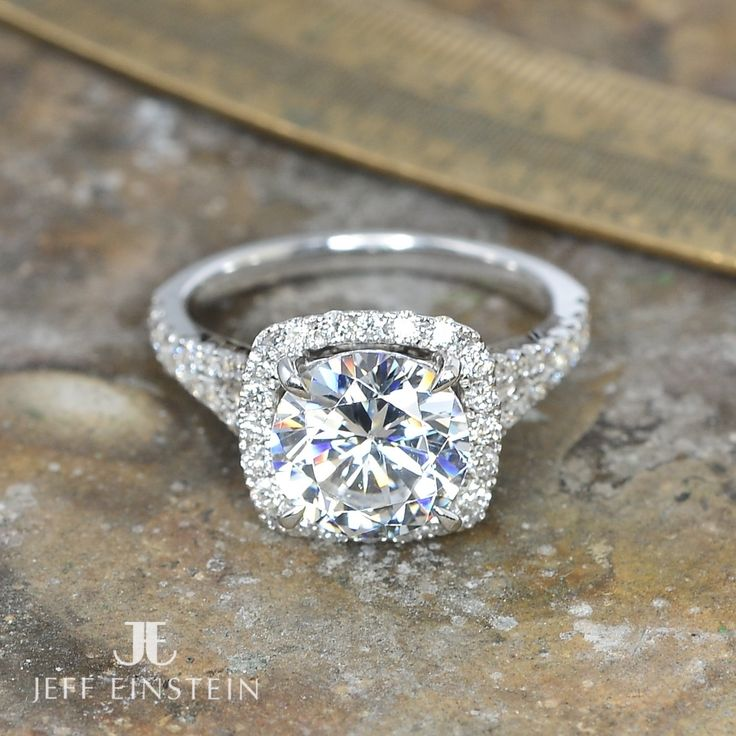 Magnificent diamond halo engagement ring❤️ #jeffeinsteinjewellery #doublebay #sydney #weddinginspiration #diamonds #engagement #jewellery #jewelleryaddict #engagementring #style