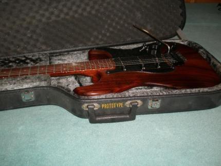 ber ideen zu alte gitarren auf pinterest gitarre akustische gitarren und les paul. Black Bedroom Furniture Sets. Home Design Ideas