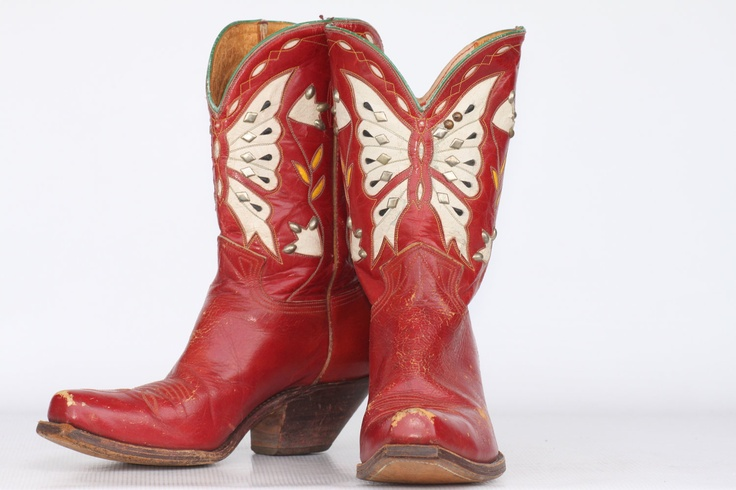 Beautiful vintage circa 50's-60's one of a kind Butterfly cutout leather cowboy boots with metal studs 8.5 M
