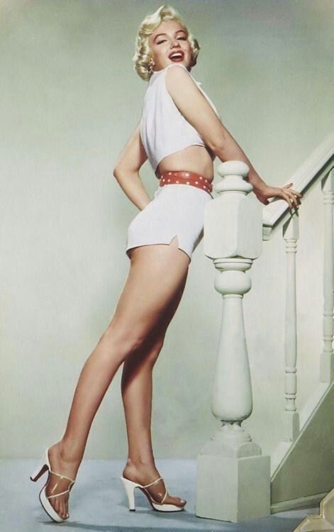 Marylin the pin up girl.