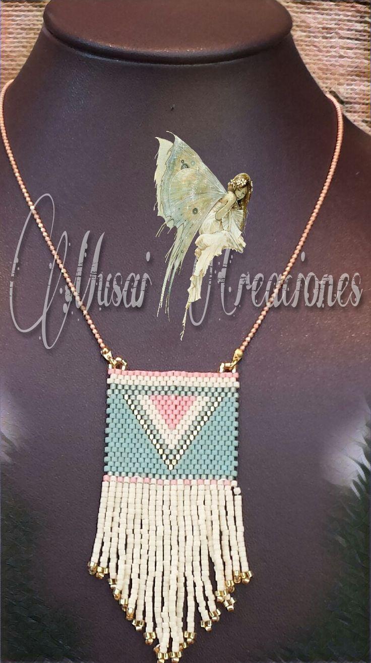 COLLAR TELAR MIYUKI       El collar en forma de telar con la técnica de Miyuki con delicas de colores muy veraniegos .     La cadena es...