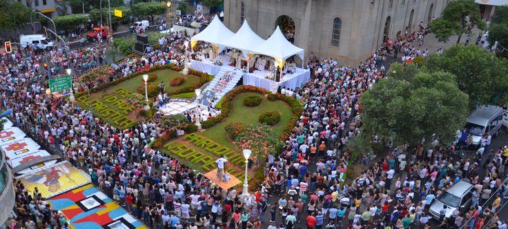Festa de Corpus Christ Castelo-Espirito Santo