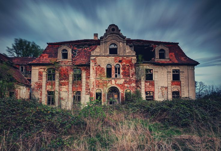 Abandoned barouqe Palace, Poland. Feel free to visit me on ... Pictures Abandoned Places In Spanje