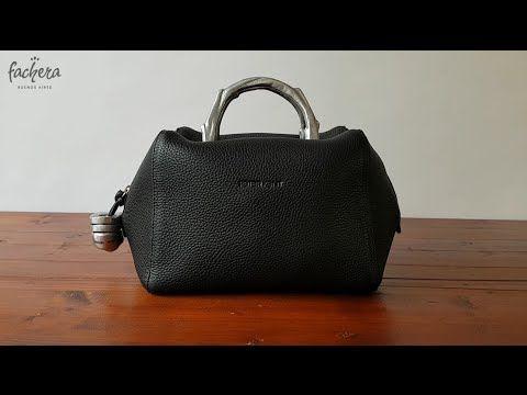 "The famous handbag ""Baulito Amsterdam - Peter Kent""  Favorite Argentinean bag of the Dutch Queen Maxima."