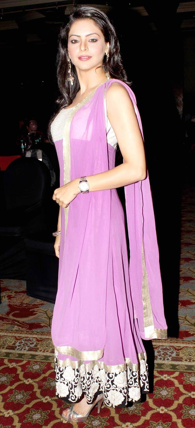 Aamna Sharif at the 'Ek Thi Nayika' press conference #Bollywood #Fashion