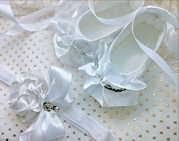 Colmenas y capas plata bebé blanco zapatos y diadema