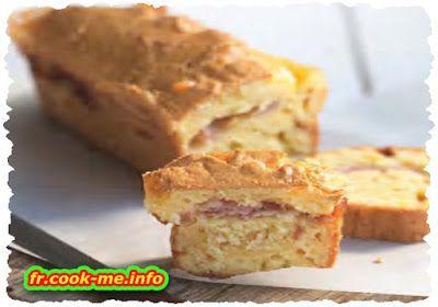 Cake au fromage et au lard. POUR 6 PERSONNES. PRÉPARATION 10 MIN. CUISSON 45 MIN.  • 6 tranches de lard • 20 cl de crème liquide • 3 œufs • 120 g de fromage à raclette au lait cru • 60 g de beurre • 220 g de farine sans gluten (riz, châtaigne, maïs...) • 1 sachet de levure chimique • 1/2 c. à café de gomme de guar • sel et poivre du moulin