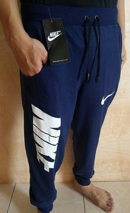 Celana Panjang Joger Nike Navy list Putih  || Bahan Despo-Fleece, halus, sejuk, nyaman dipakai, ukuran all size: panjang 91 cm x lingkar 62 cm [melar >82 cm]|| Harga 80.000||Minat?? Telp/WA: 085842323238 || BBM: 5B0B3B3D