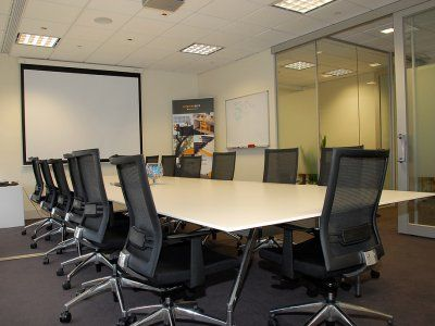 Conference room with a focus on functionality.