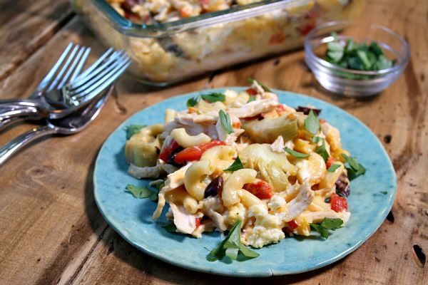Here's a super simple recipe for Mediterranean Chicken Macaroni and Cheese. It can be made either in the oven or microwave.