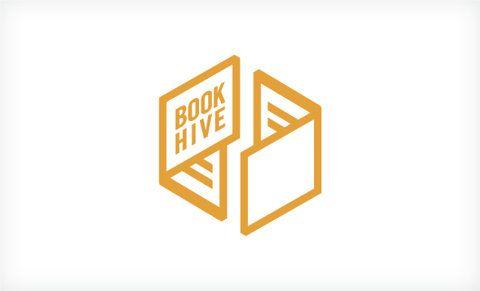 Book Hive Logo - La interacción de dos libros abiertos simulando la cadena, el ciclo del reciclaje