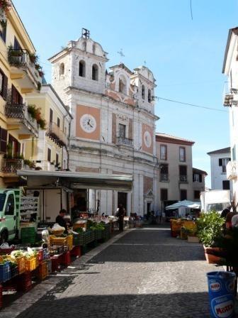 Market Day in Atina #atina #italy