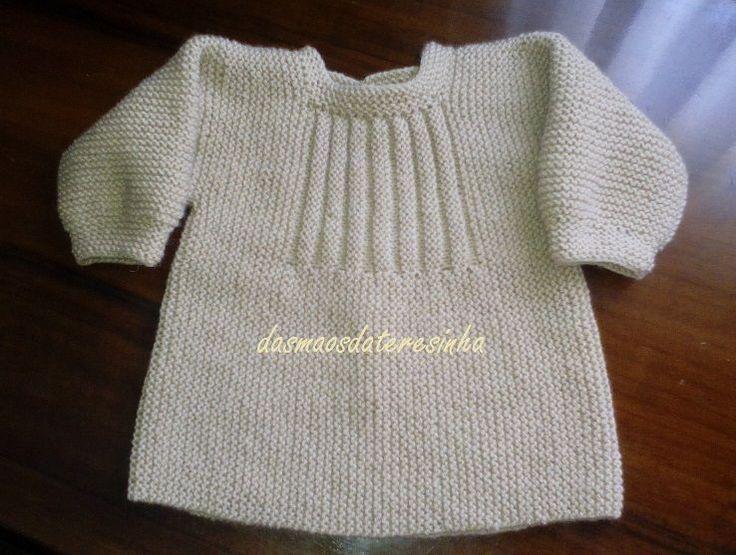 Desta vez tricotei este casaco para o bebé de 3 meses,   que o irá vestir no próximo inverno.   Segui o modelo do casaco verde que mostrei...