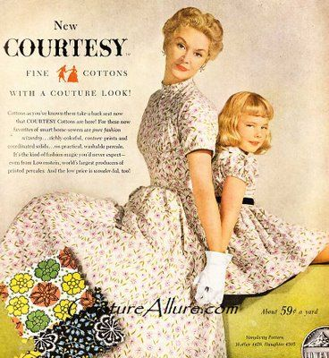 Moms and daughters: Couture Allure, Mother Daughter Fashion, Fashion Vintage, Allure Vintage, Vintage Fashion, Vintage Mommy, Mothers Daughters Sisters, Vintage Mother Daughter