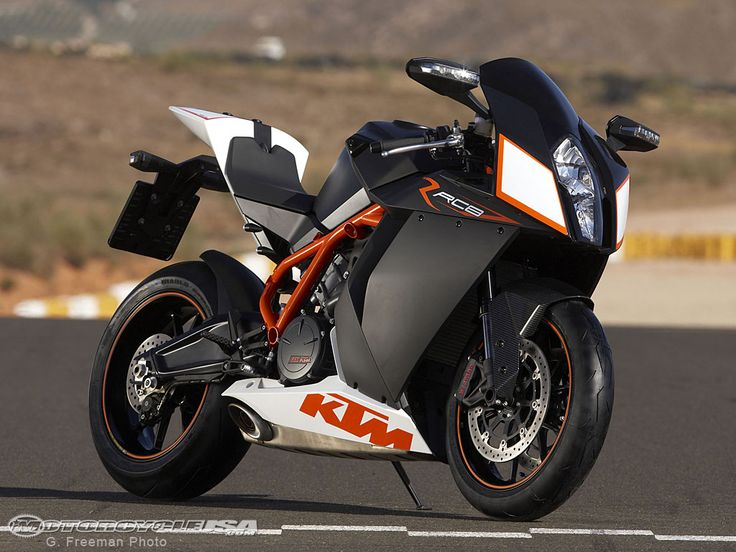 Google Image Result for http://images.motorcycle-usa.com/PhotoGallerys/2009-KTM-RC8R-4.jpg