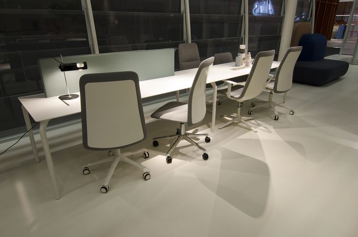 Alias @ ORGATEC 2016 New office collections slim office chairs by PearsonLloyd