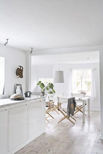 cool flooring! love light flooring in kitchen!
