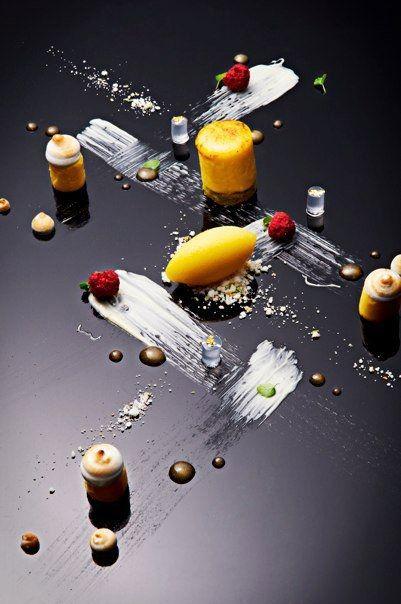 lemon curd , yuzu sorbet , gin & tonic jelly , agave syrup , dry raspberry . - The ChefsTalk Project L'art de dresser et présenter une assiette comme un chef de la gastronomie... > http://visionsgourmandes.com > http://www.facebook.com/VisionsGourmandes . #gastronomie #gastronomy #chef #presentation #presenter #decorer #plating #recette #food #dressage #assiette #artculinaire #culinaryart
