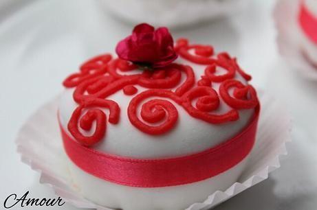 red velvet cupcake Amour