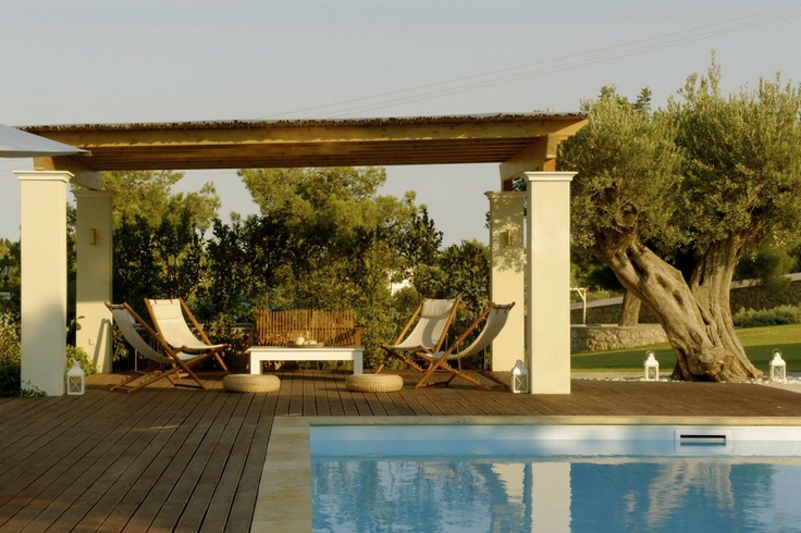 Xenon Estate villas in Spetses - extra large swimming pool and kiosk.  www.xenonestate.gr