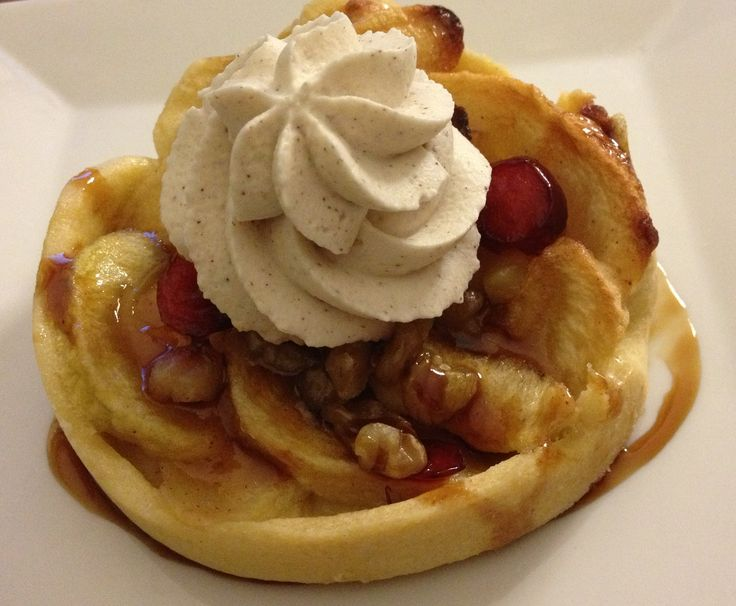 Apple Cranberry Tart with Cinnamon Whipped Cream and Caramel Sauce # ...