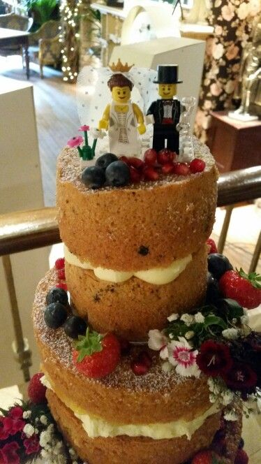 Naked Wedding Cake #nakedcake #weddingcake #openvictoria #wildflowers #berries #lego #topper x