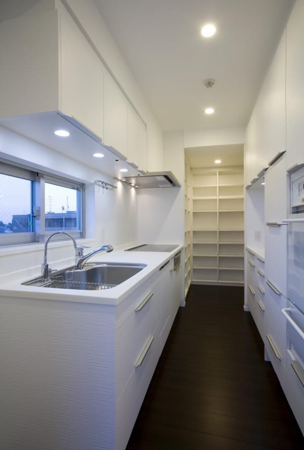 建築家:竹石明弘「『尾山台の集合住宅』シンプルモダンな集合住宅」