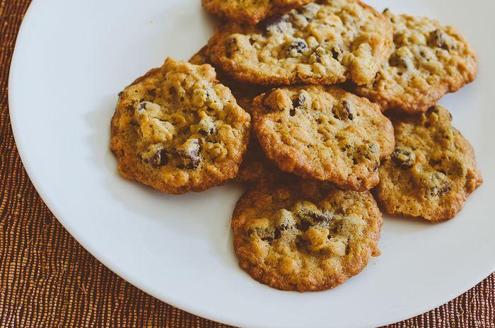 Apple Cinnamon Oatmeal Chocolate Chip Cookies