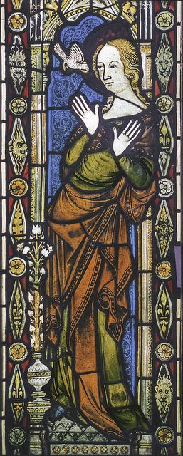 Ely, Stained Glass Museum, Virgin from Annunciation, from St John the Baptist, Hadzor, Worcestershire, XIVe s. ?
