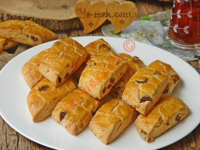 Pastane Usulü Üzümlü Kurabiye Resimli Tarifi - Yemek Tarifleri