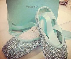 Total fantasy gift for all dancers and actors who move Tiffany's ballet slippers