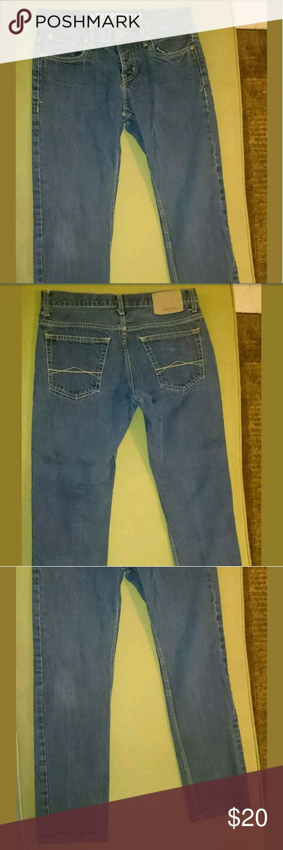 MENS AEROPOSTALE SLIM STRAIGHT BUTTON FLY JEANS Item is in great shape. Size 30x30, button fly, bowery slim straight legged. Comes from smoke free home. Aeropostale Jeans Slim Straight