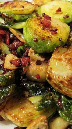 Crispy Brussels Sprouts w Bacon & Garlic Recipe