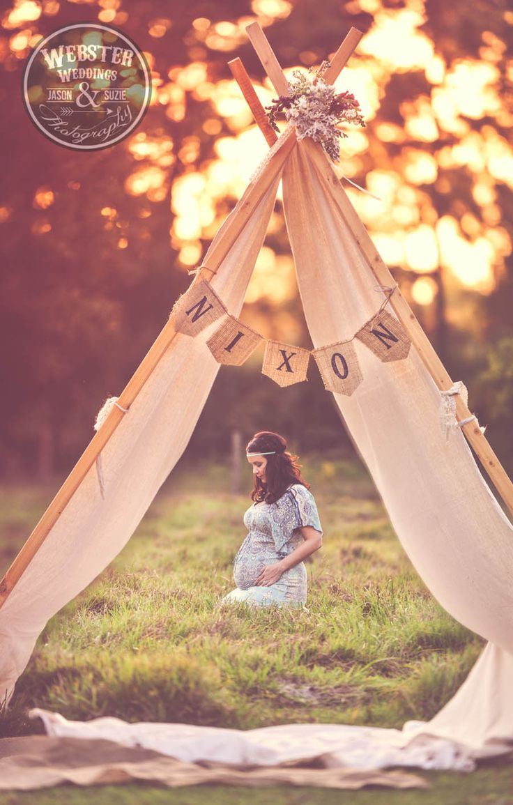 Webster Weddings, Bohemian Maternity, Rustic Farm maternity, natural light maternity, horses and maternity,