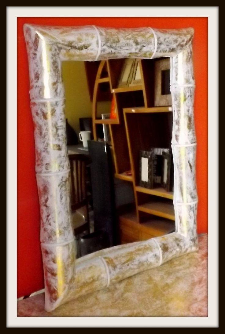 Oltre 1000 idee su specchio con cornice in legno su pinterest specchi specchi a parete e - Specchio antichizzato ...