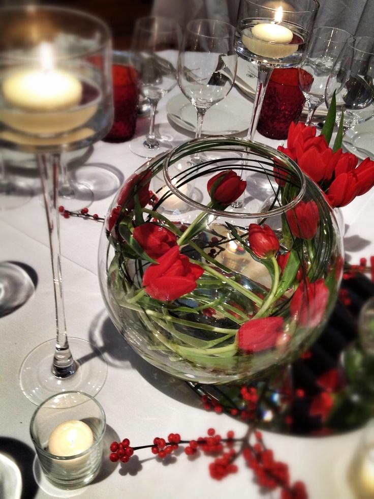 Tulips Centerpiece. La Rosa Canina FIRENZE www.larosacaninafioristi.it
