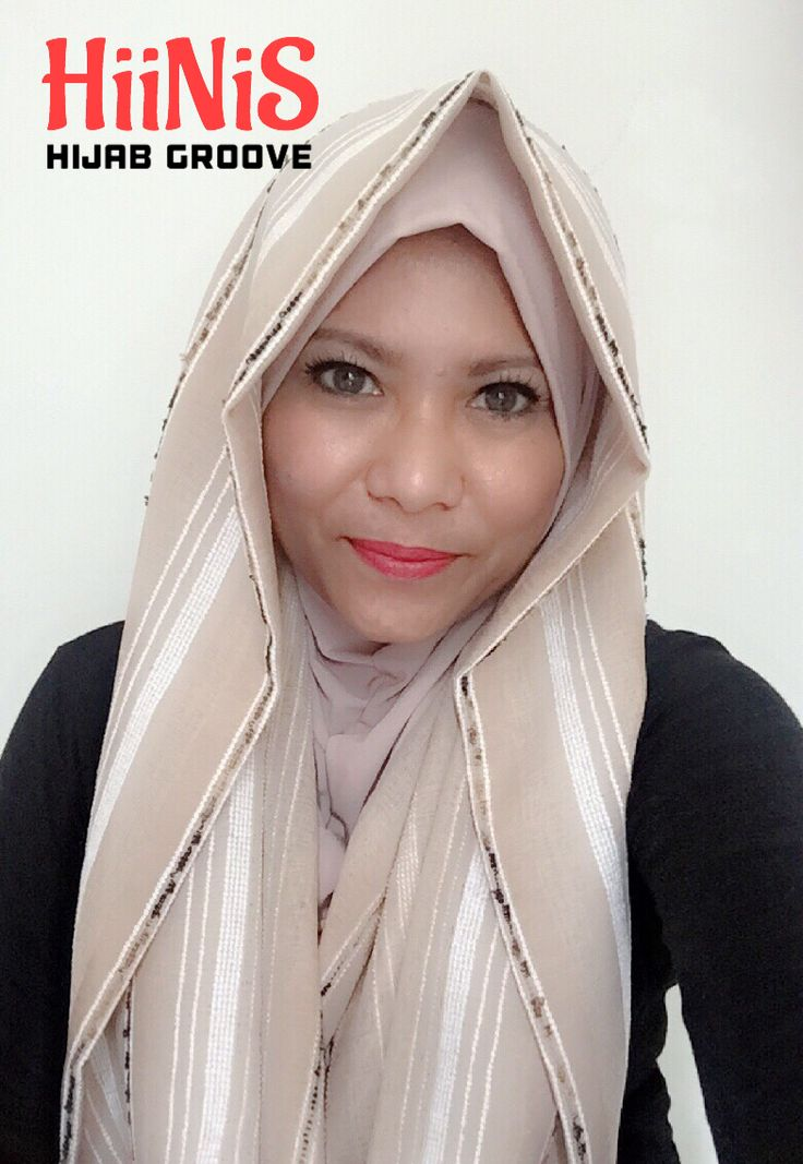 HiiNiS alias Hijab Instan by Hijab Groove..   NEW NEW NEW ..   Praktis tapi keren. Sudah termasuk inner.    Inner : Antem warna cream bahan jersey korea gak gampang melar   Hijab : bahan katun serat nanas warna cream     Rp. 120,000 ➡️ LAUNCHING PROMO Rp. 90,000