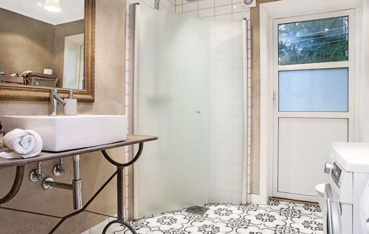 Bad/bathroom  Concrete wall Tiles from The norwegian company 'Ulfven'
